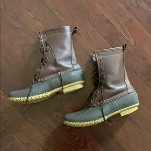 Shearling lined L. L. Bean boots